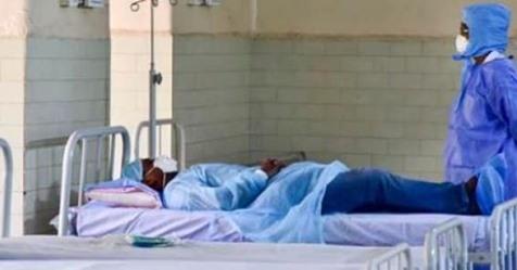 """Covid-19 au Sénégal : """"Désormais la prise en charge des cas asymptomatiques se fera en dehors des hôpitaux"""" (Ministre)"""