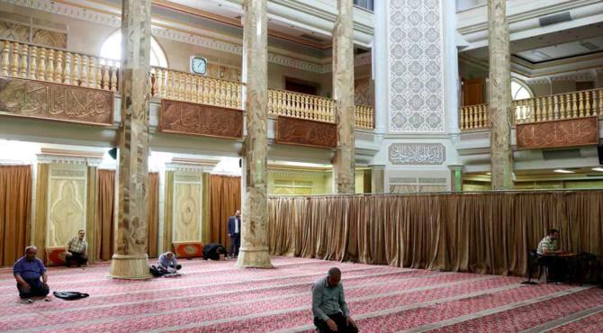 Coronavirus: net rebond du nombre des victimes en Iran qui rouvre des mosquées