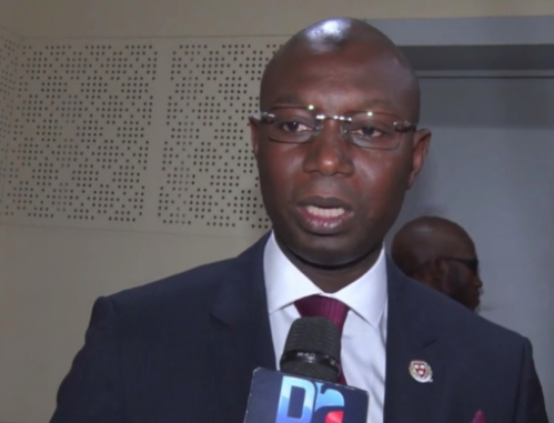Opposé à l'utilisation de l'artémisia contre le paludisme – Il valide la plante face au covid-19 : Qu'est-ce qui fait courir le Pr Daouda Ndiaye ?