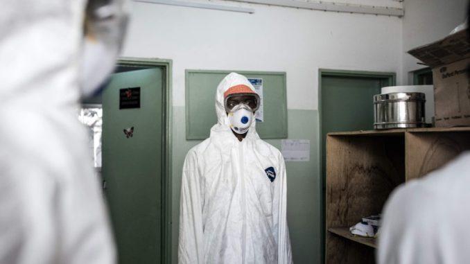 « Il n'y a plus de lits à Dakar, les chiffres sont faux. On sera bientôt à 15 000 cas », Dr Babacar Niang de Suma Assistance