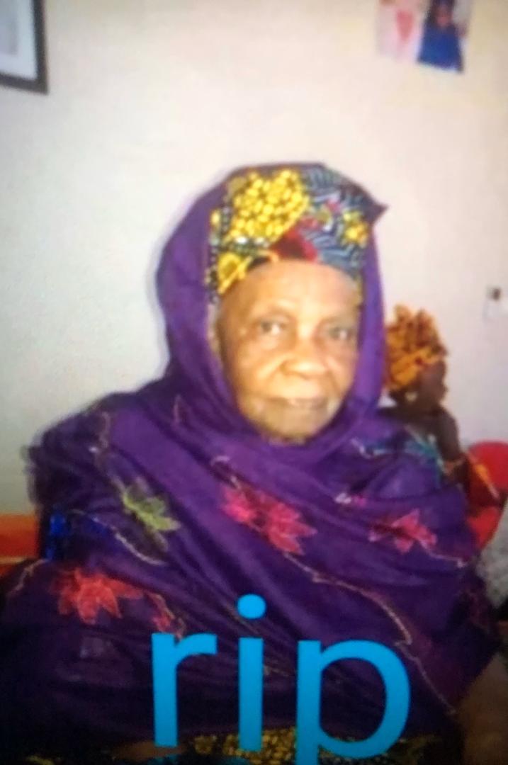 NECROLOGIE: Le ministre de l'Eau Serigne Mbaye Thiam vient de perdre sa maman à l'hôpital de Kaolack.