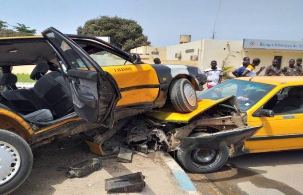 Route nationale : 7 véhicules entrent en collision, 14 blessés dont un dans un état grave Route nationale : 7 véhicules entrent en collision, 14 bless