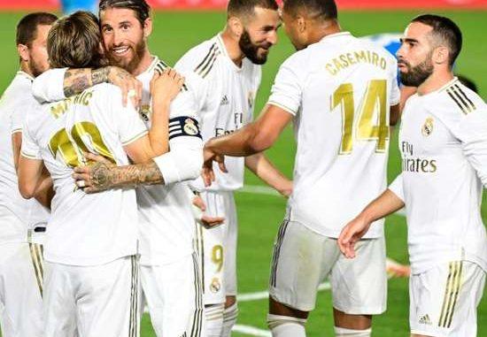 Liga : le Real Madrid gagne à à la Real Sociedad et prend la tête