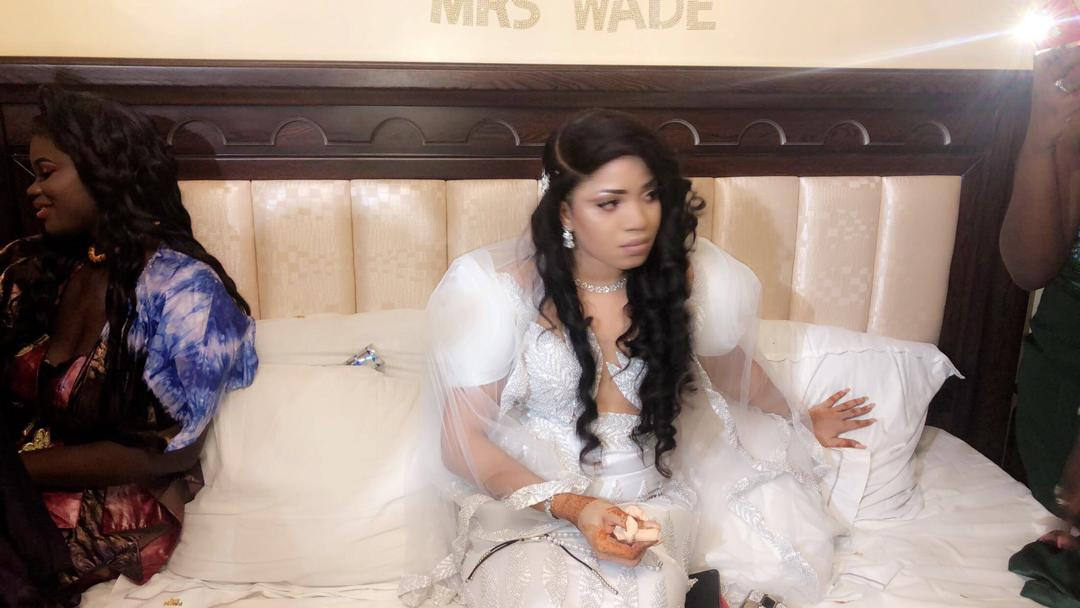 "Quand deux animateurs de la Sen tv et 2stv se pendent, Momo ""TAKKNA"" Ndeye Sokhna."