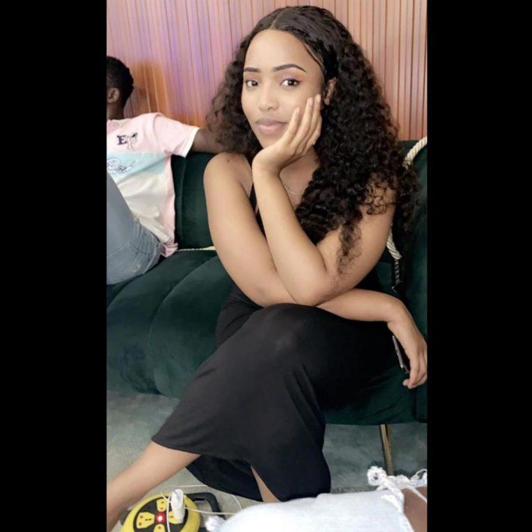 Aicha Koné « Sen Ptit Gallé » étale sa beauté et sa classe