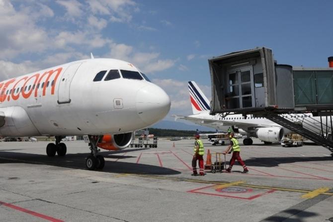 Crash sur l'axe Schengen - Sénégal et Gabon se radicalisent
