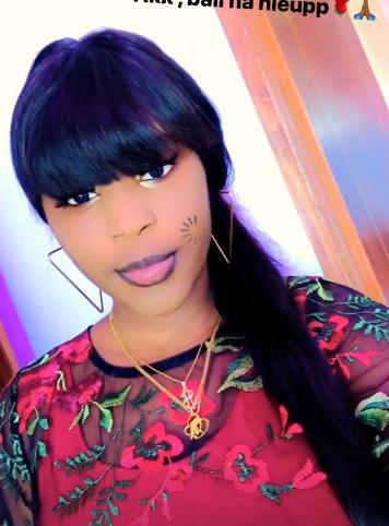 Photos - La fille de la chanteuse Ndiolé Tall en mode Tabaski !
