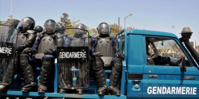 Attaque de la gendarmerie de Ballou : 2 gendarmes blessés, 16 jeunes arrêtés