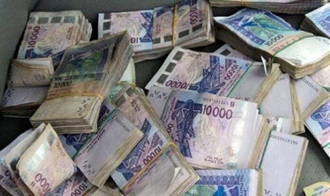 Guédiawaye: Un trafiquant de faux billets tombe