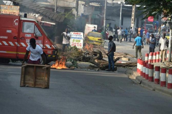 3ème mandat de Ouattara - 05 morts, des blessés graves, Abidjan en braises