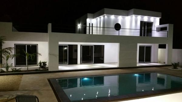 POINT E : Un ministre de Macky Sall achète une maison à 600 millions