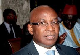 Sinistre à Grand-Yoff : le Ministre Serigne Mbaye Thiam, au nom du Chef de l'Etat, a présenté ses condoléances à la famille de la victime