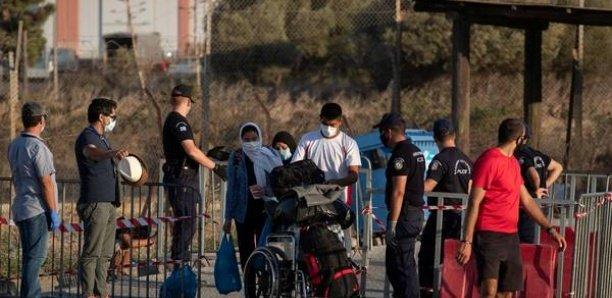International À Lesbos, quelque 800 migrants installés dans le nouveau camp