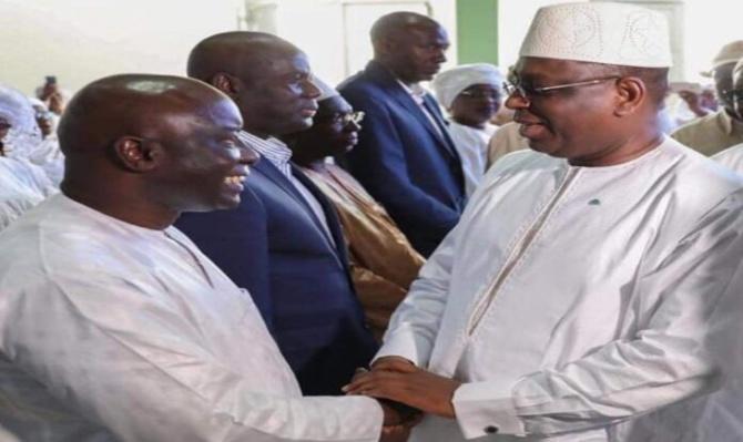 Présidentielle 2024: Macky manœuvre, Idrissa Seck consulte