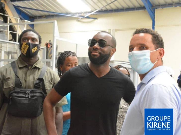 Maître Gims, Barack Adama et autres en visite dans l'usine de Kirène: Les images !