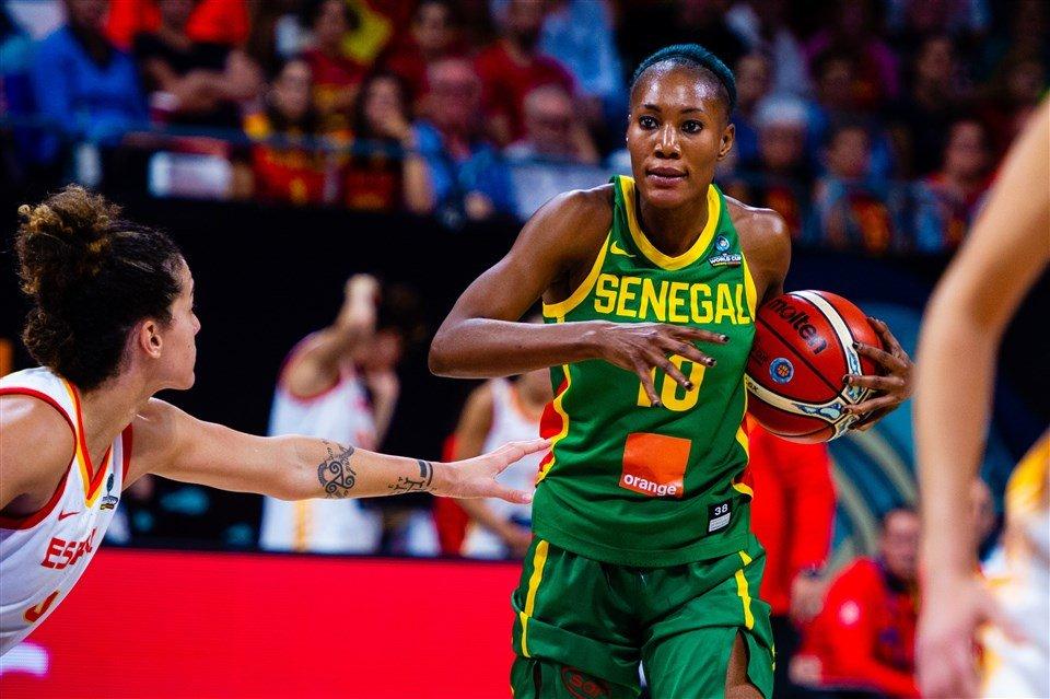 Fiba Afrique: Astou Traoré et Mame Marie Sy parmi les 12 joueuses les plus marquantes de la décennie