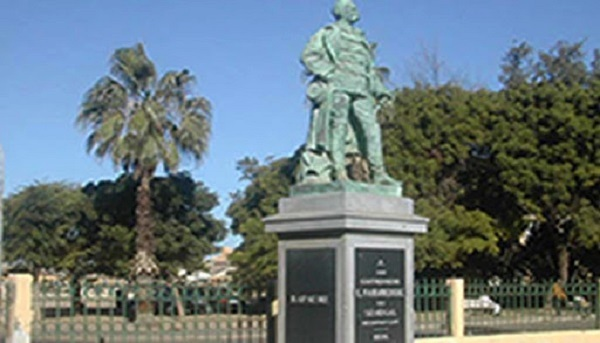 Saint-Louis : débaptisée, la place Faidherbe s'appelle désormais « Baya Ndar »