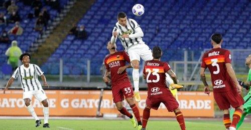 Juve: Ronaldo fait encore parler sa détente contre la Roma