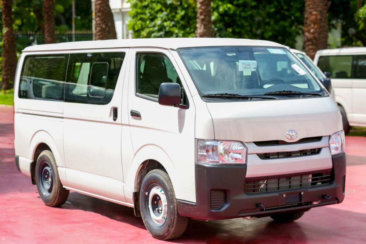 Transport interurbain: Les nouveaux minibus devant remplacer les véhicules 7 places, réceptionnés