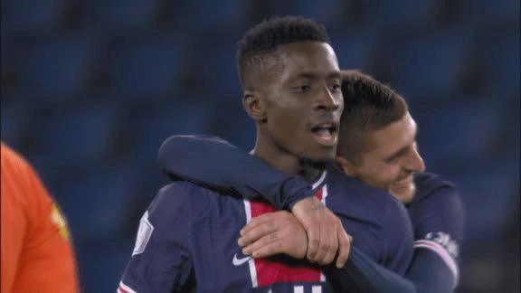 Gana Gueye marque un superbe but pour son retour au parc