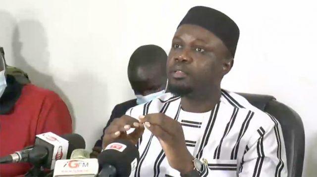 """Assiette foncière : Ousmane Sonko dénonce les """"arnaques"""" de Macky Sall"""