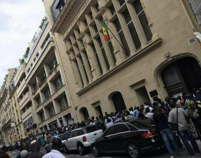 Le Consulat du Sénégal à Paris fermé après la détection d'un cas positif au coronavirus