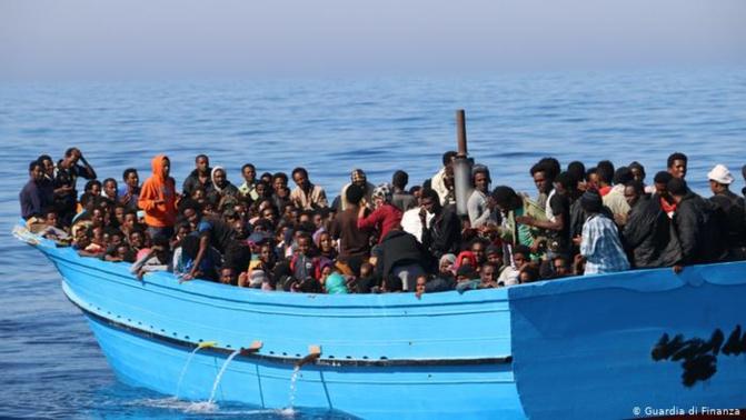 Migration clandestine: Deux pirogues interceptées hier vendredi, avec plus 160 migrants à bord