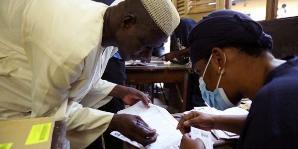 Côte d'Ivoire: à quelques heures de la présidentielle, les populations assises sur des braises