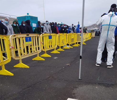 Afflux des migrants aux Iles Canaries : 228 arrivées en 2 jours : Les centres de rétention débordés
