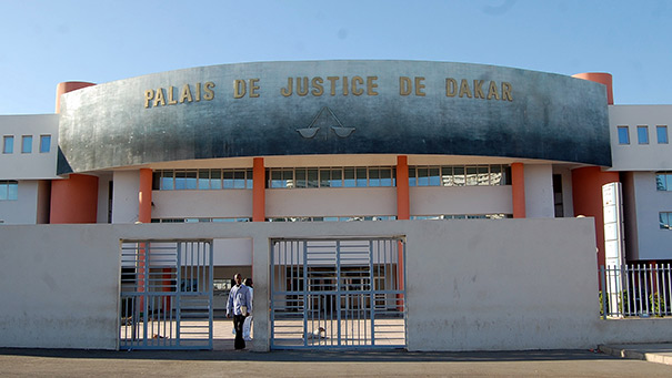 Médina: l'étudiante en Auto-école qui a tué un garçon de 2 ans a comparu aux Flagrants délits
