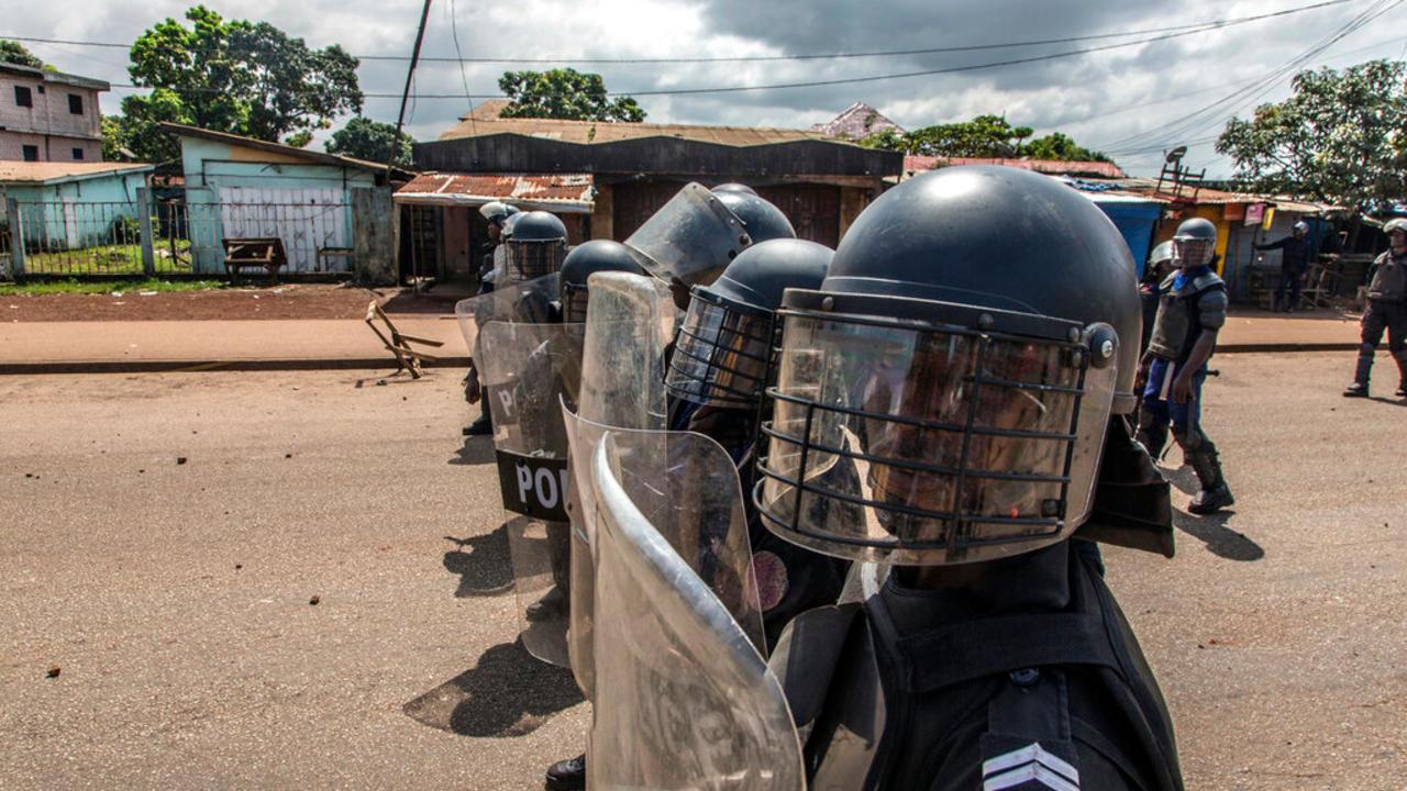 Guinée: cinq figures de l'opposition écrouées