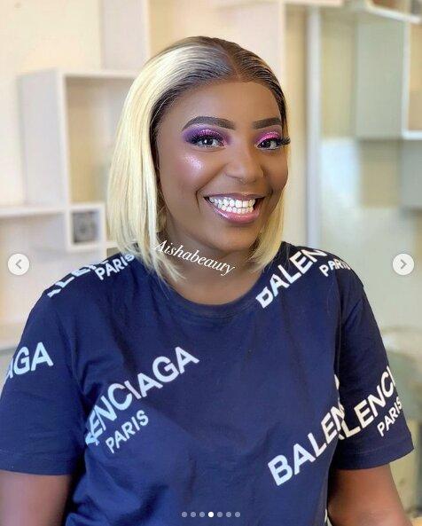 La star Maman (Un Café avec) , une beauté africaine au sourire d'ange,