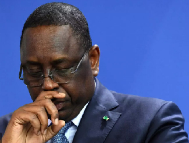 Cheikh Oumar Hann qui valide un 3ième mandat pour Macky : quand l'histoire et la parole donnée rattrapent son leader