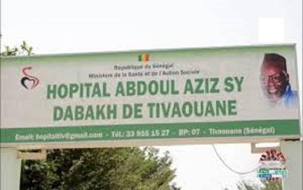 Salaires réduits, heures supplémentaires non payées : les travailleurs de l'hôpital Dabakh de Tivaouane chargent à la Direction