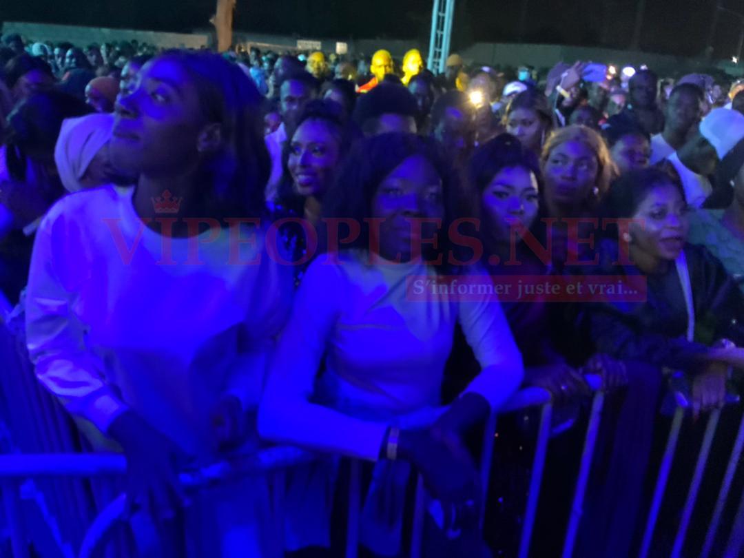 REGARDEZ le grand public Gambien venu répondre a Waly SECK LE KING de la musique SENEGALAISE