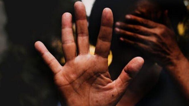 Violence à ascendance: Une mère battue par son fils, bras amputé et trois dents cassées, accusée de...