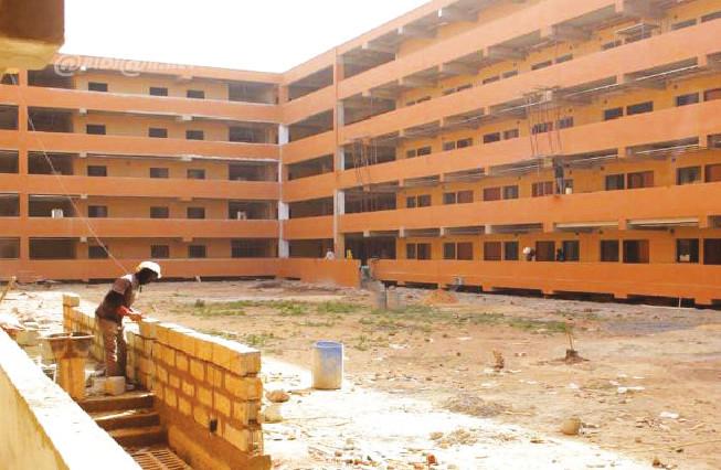 Université Amadou Moctar Mbow : Bictogo dégage, l'Etat reprend son chantier et promet…