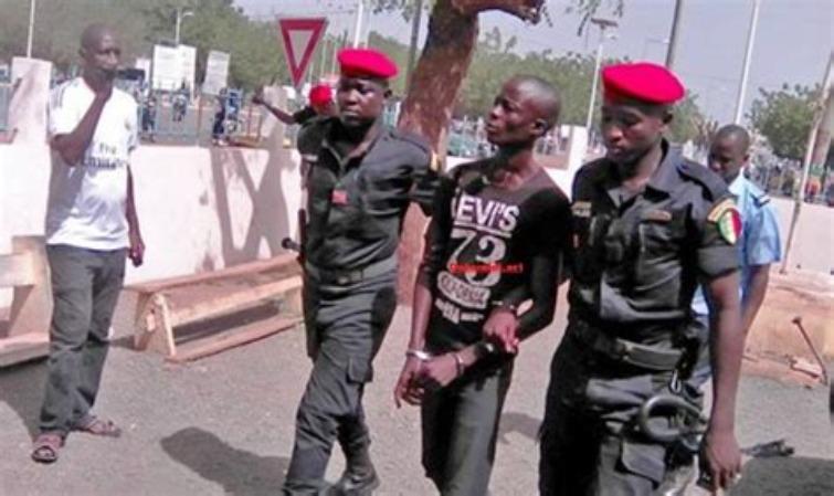 Boy Djiné reprend sa grève de la faim : Son cas est critique..