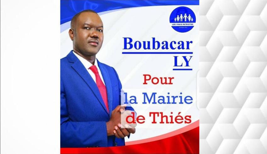 Boubacar Ly candidat à la mairie de Thies en visite de courtoisie aux populations durant la Tabaski.