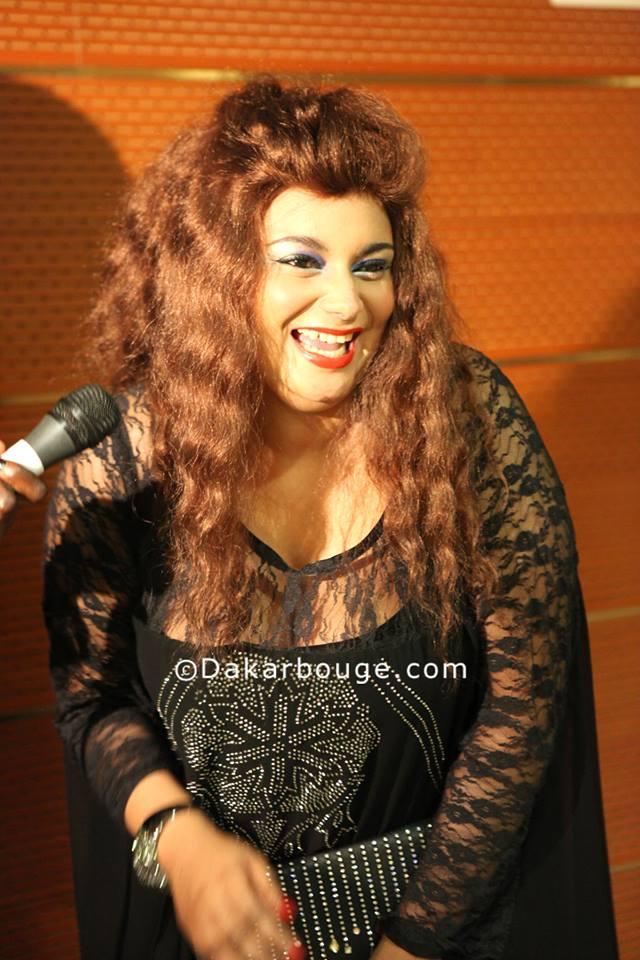 SENEGAL - Le rire extraordinaire de l'ex Dauphine du Sénégal,Thioro Balbaki