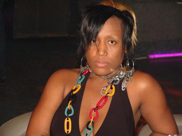 CÔTE D'IVOIRE - Youyou Clinton, la n°1 des filles d'Abidjan