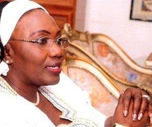 SENEGAL - Aminata Tall occupe 7 logements de fonction!