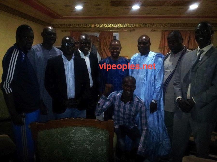 En image : visite de Bara Gaye, Lamine Faye et Cie dans le bureau de Sidy Lamine Niass à Walfadjri