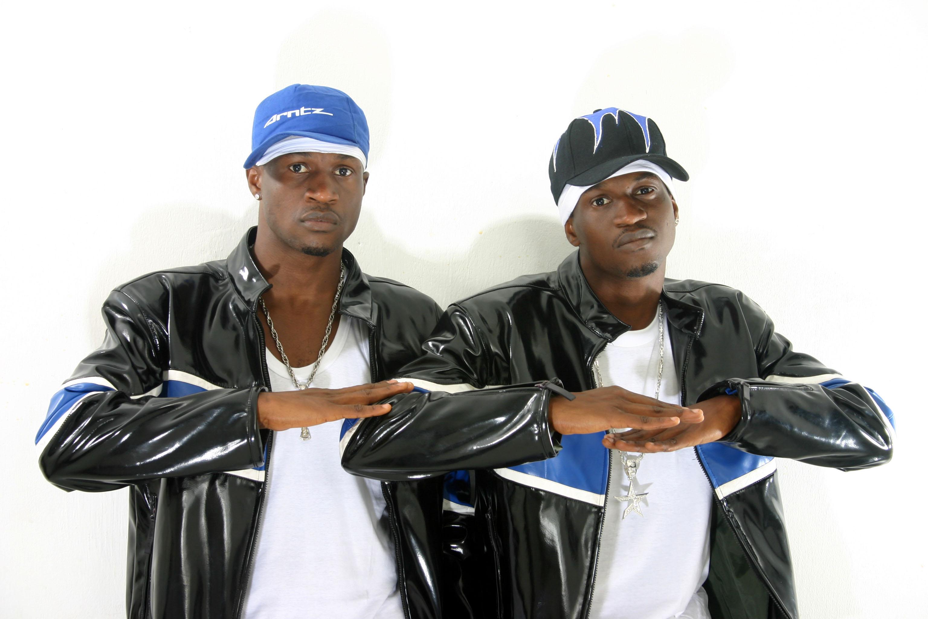P Square critique la sonorisation électroacoustique lors du concert à Dakar