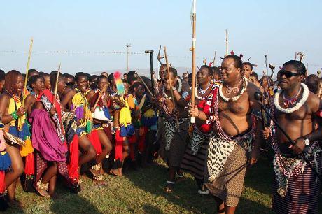 Swaziland : insatiable polygame, le roi prend une 15ème épouse de 18 ans