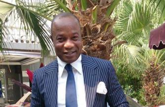 Koffi Olomide poursuivi au Togo et en RDC pour escroquerie