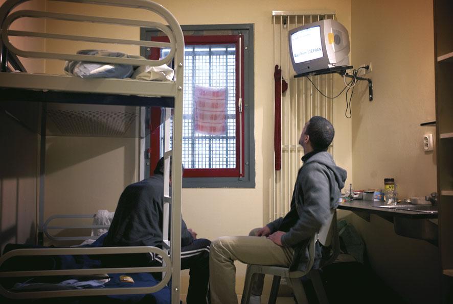 INSOLITE - Volontaires pour passer un week-end en prison