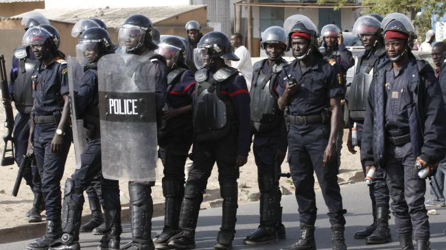 Affrontements entre la Police et la police de proximité