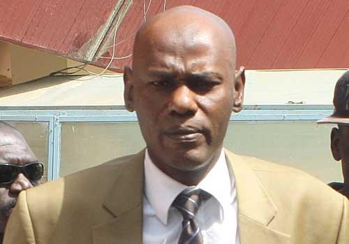 """Les cadres de l'Apr recadrent Youssou Touré: """"Touche pas à Farba Ngom"""""""