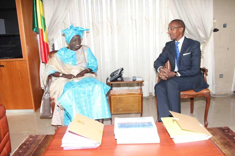 Réplique médiatique du Pm à l'image de son prédécesseur : Le syndrome Abdoul MBAYE guette Mimi